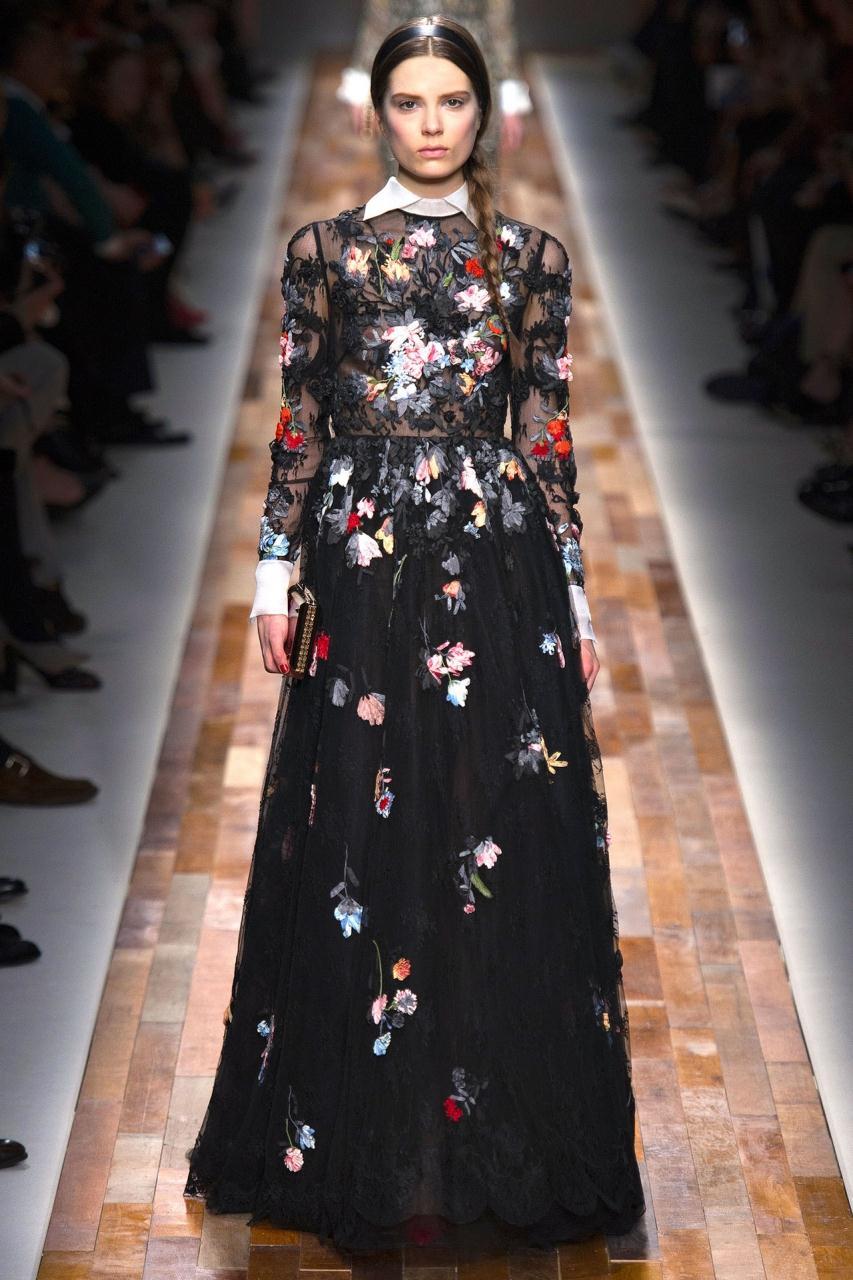 Коллекция платьев от валентино