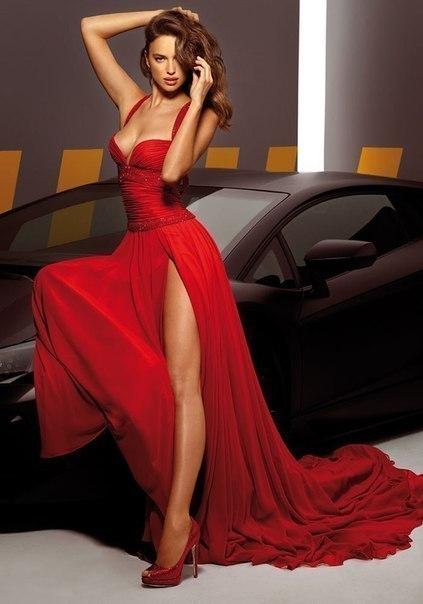 Шикарные платья моделей